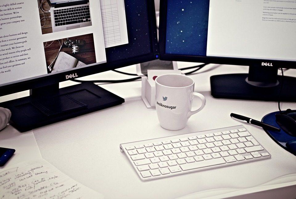 Le mug avec logo personnalisé est idéal pour la communication durable. Pratique et efficace, il a l'atout de servir de tous les jours, à la maison comme au bureau